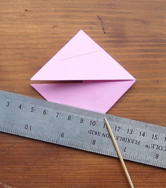 Origami bunny head 9